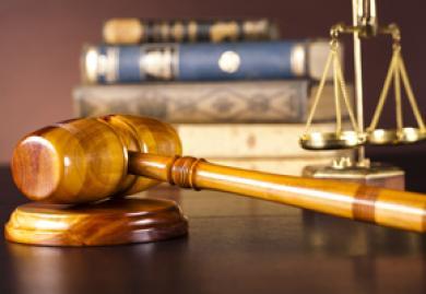 Primera sentencia que eleva de 12 a 20 días la indemnización por fin de contrato temporal